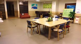 食堂 兼 機能訓練室