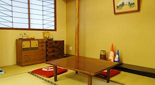 和室はくつろげるスペースとなっています