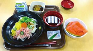 昼食の一例